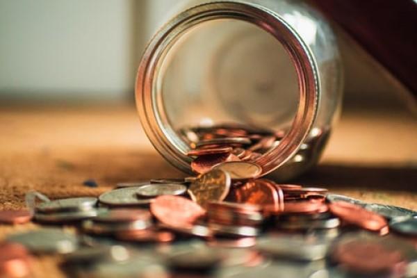 """""""口诀""""和""""比较""""让你巧妙地教孩子学好人民币换算"""